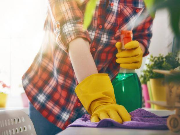 A long-term study has revealed that regular use of cleaning sprays has an impact on health comparable with smoking.